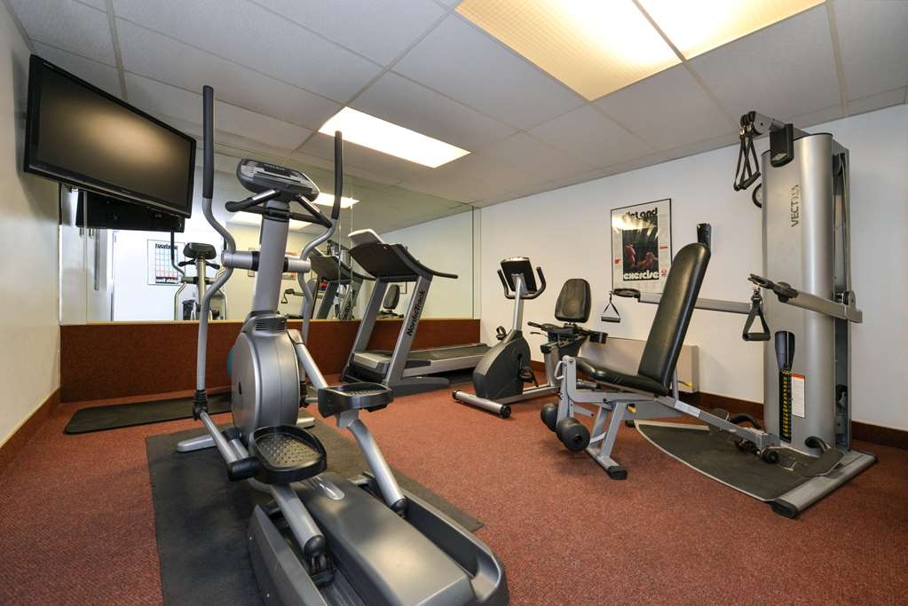 Best Western Coral Hills - Our fitness center allows you to keep up with your home routine… even when you're not at home
