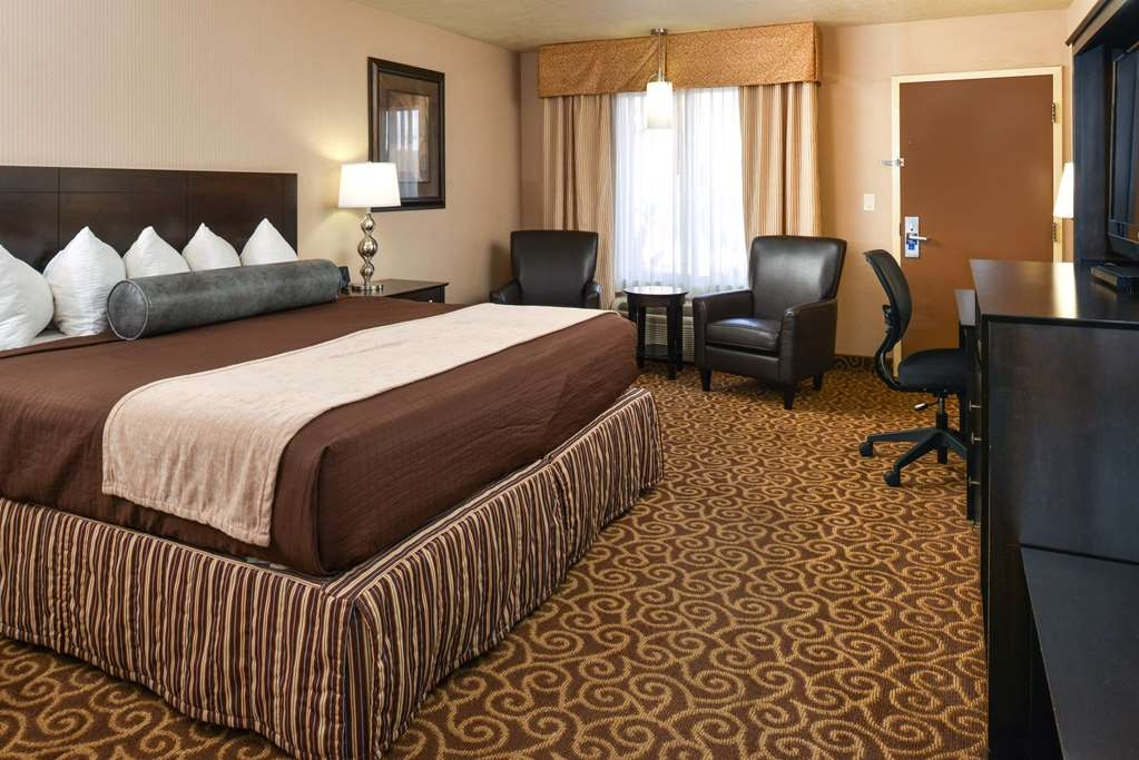 Best Western Coral Hills - Need to get your work done during your stay with us? We offer free high-speed internet in every guest room.