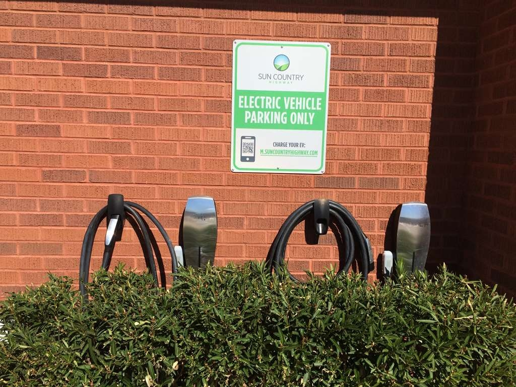 Best Western Coral Hills - Don't forget to plug-in before heading out on your next road adventure
