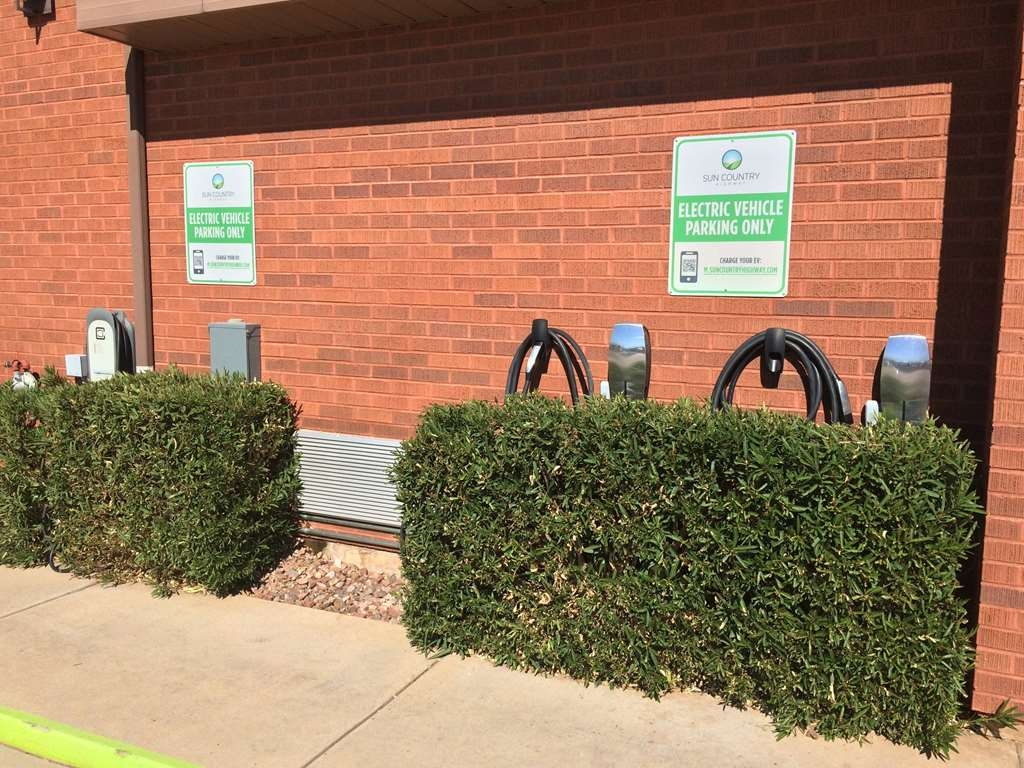 "Best Western Coral Hills - Driving an electric vehicle? We have charging stations on site to ""fill-up"" while you are staying with us."
