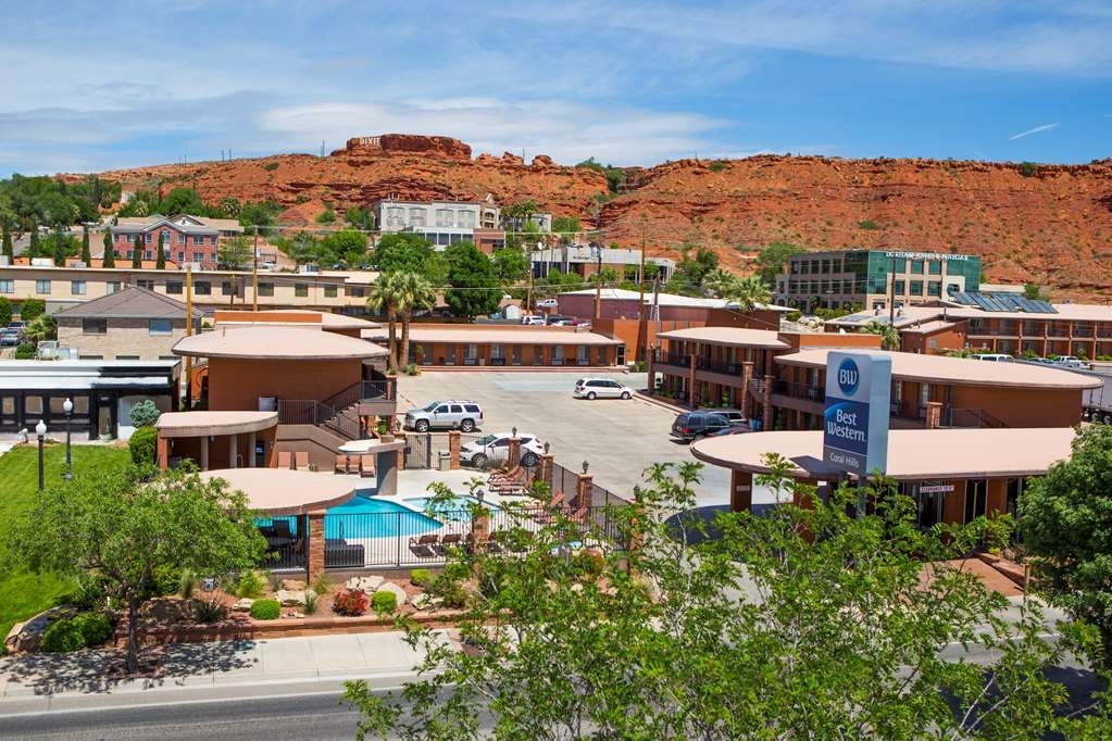 Best Western Coral Hills - The Dixie Red Hill overlooks the property and offers a stunning view of the St. George Valley and surrounding mountains.