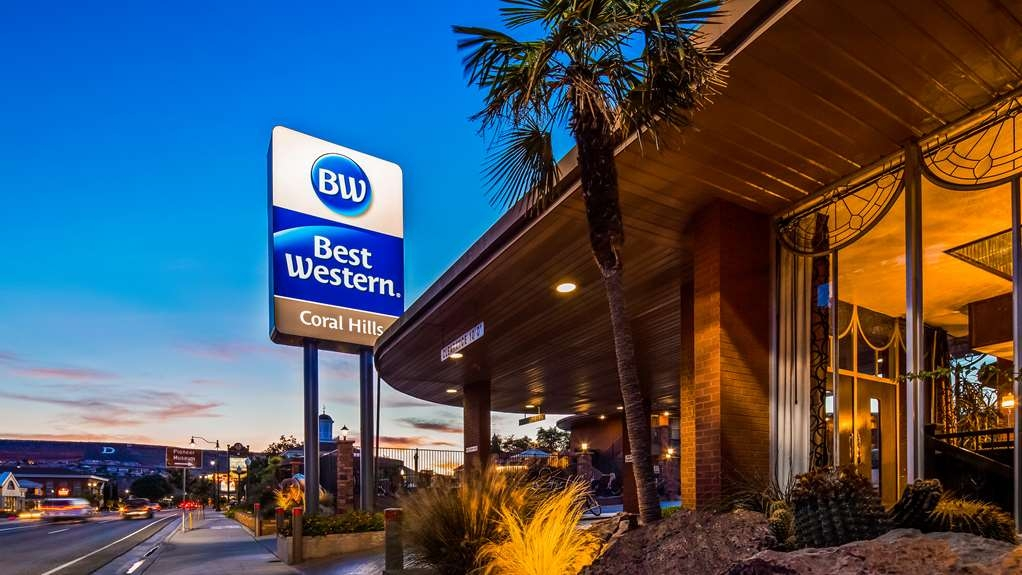Best Western Coral Hills - Exterior view