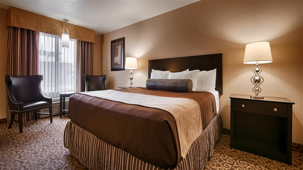 Best Western Coral Hills - Book one of our spacious king rooms today!