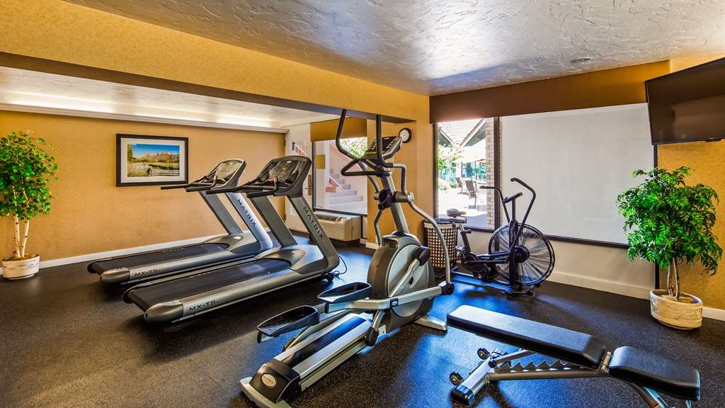 Best Western Town & Country Inn - Fitnessstudio