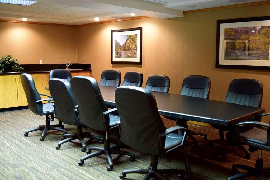 Best Western Town & Country Inn - Meet with your company in our conference Center!