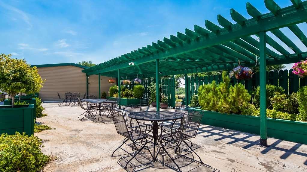 Best Western Paradise Inn & Resort - Außenansicht