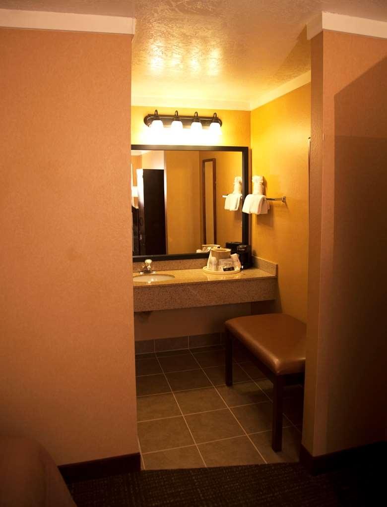 Best Western Plus Ruby's Inn - guest room
