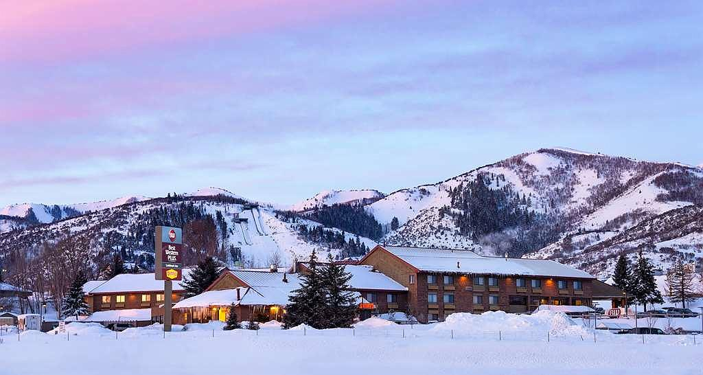 Best Western Plus Landmark Inn - Facciata dell'albergo