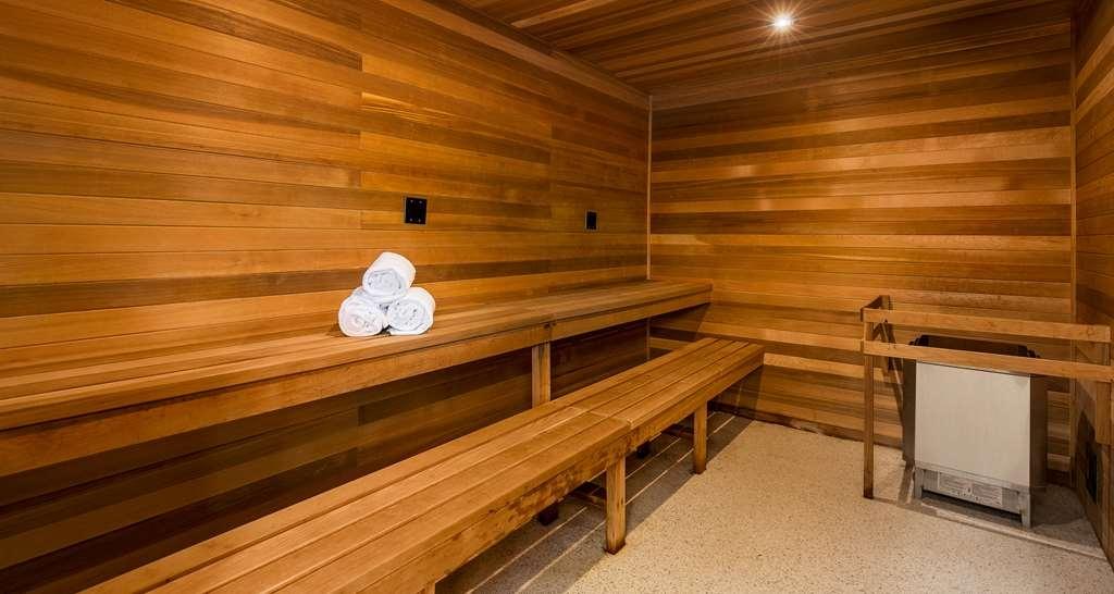 Best Western Plus Landmark Inn - Spa