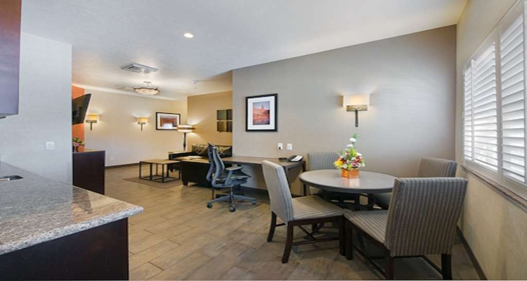 Best Western Plus Canyonlands Inn - Suite