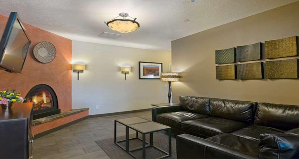 Best Western Plus Canyonlands Inn - Main Street Area soggiorno della suite
