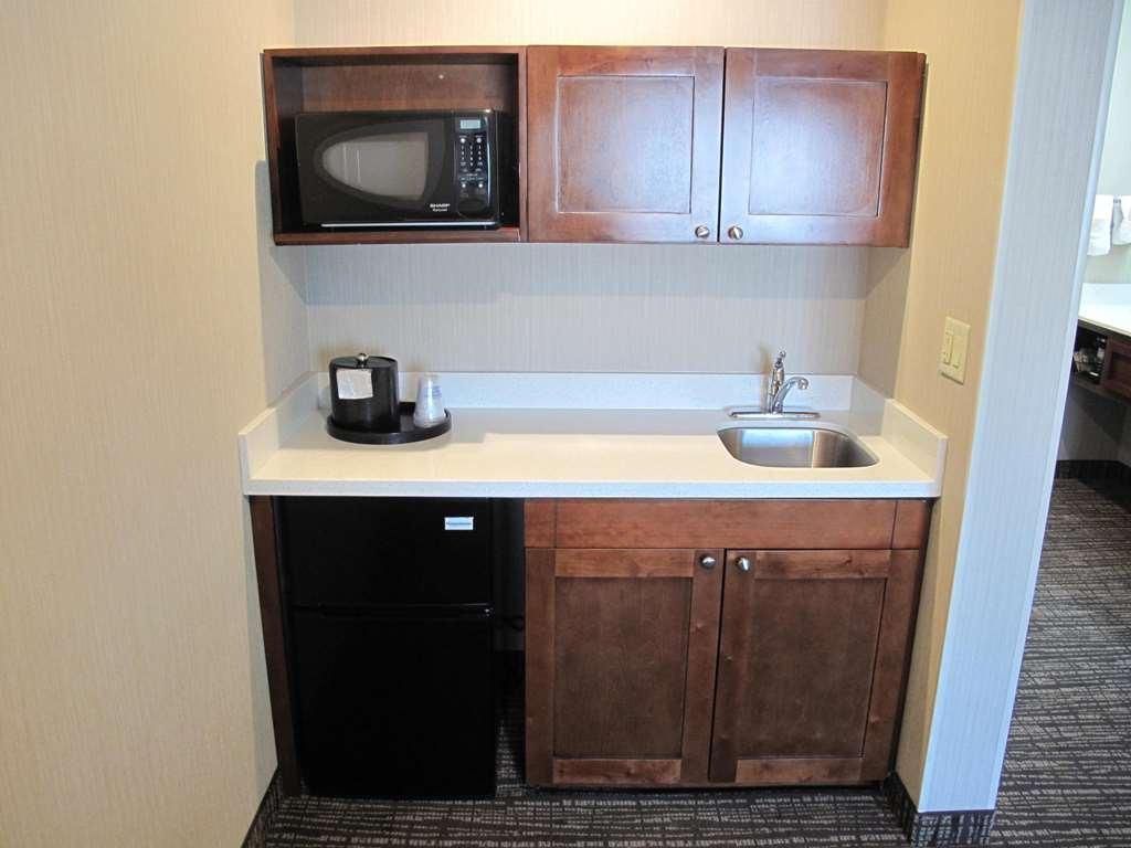 Best Western Timpanogos Inn - La camera con due letti queen size è spaziosa e perfetta per tutta la famiglia!