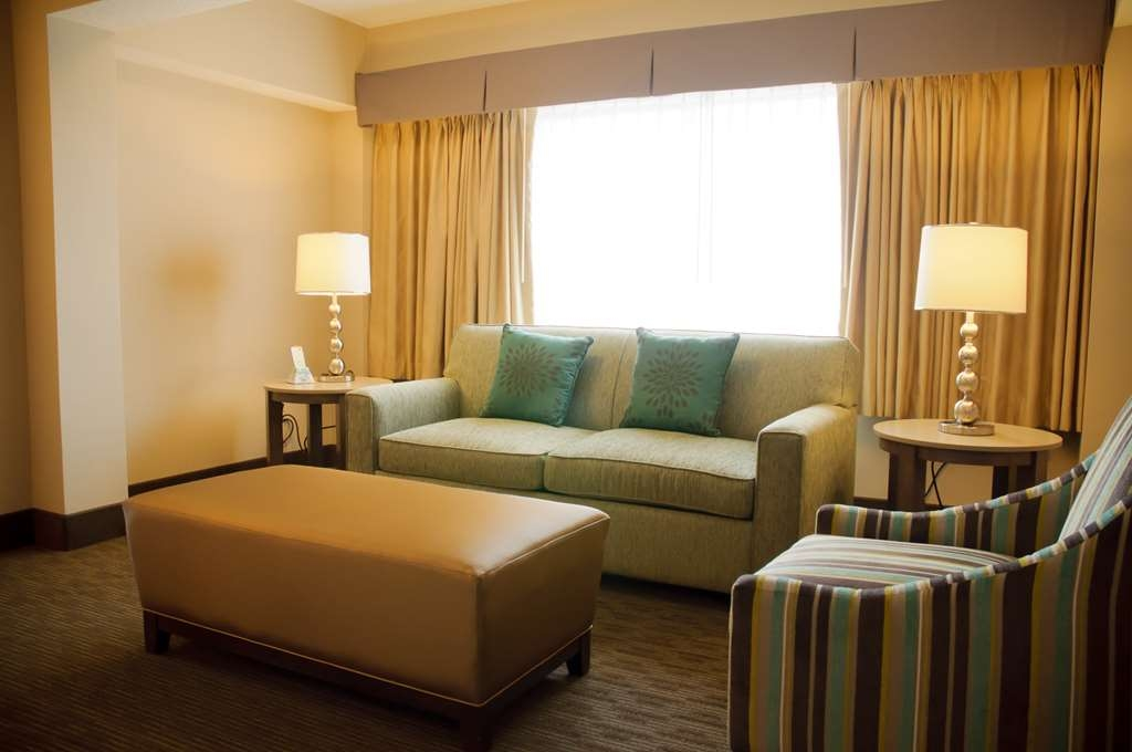 Best Western Plus CottonTree Inn - Relax in our newly designed beautiful sitting area.