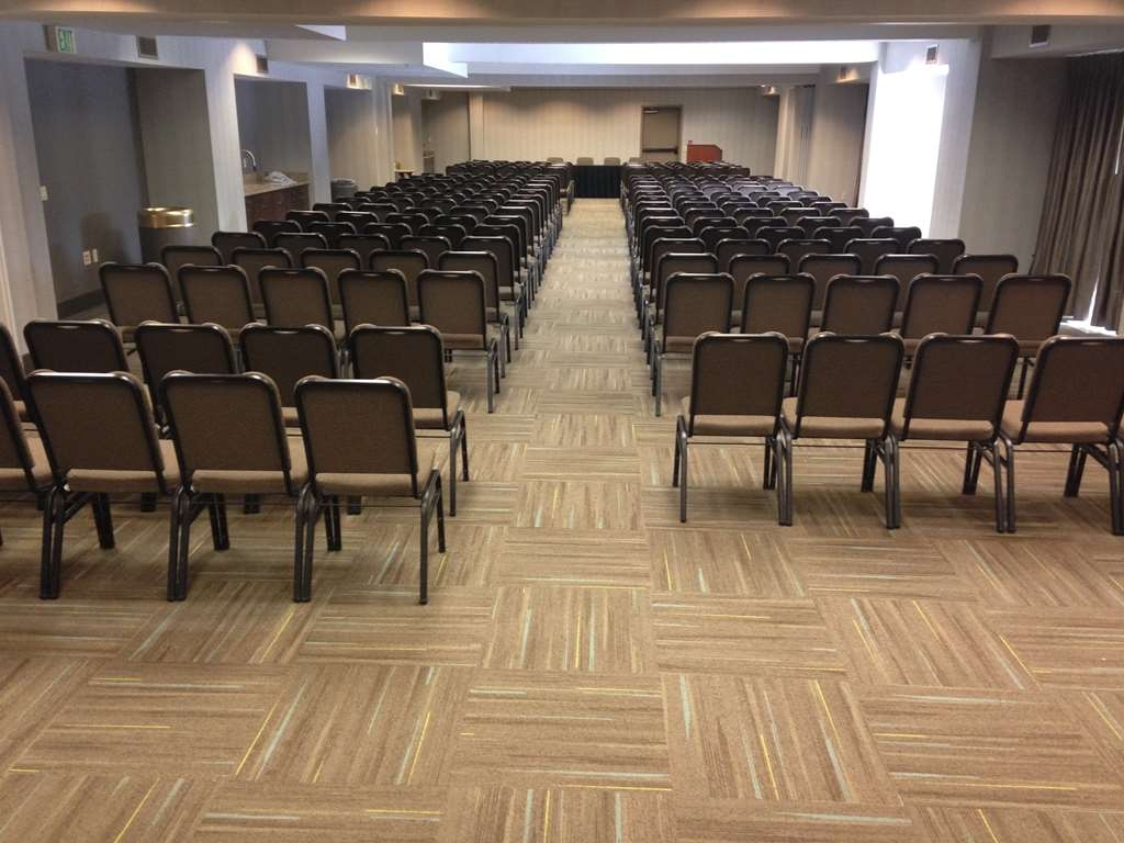 Best Western Plus Cotton Tree Inn - 2,300 Square Feet of Meeting Space