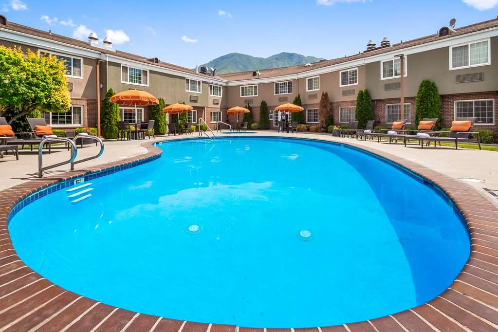 Best Western Mountain View Inn - Piscina