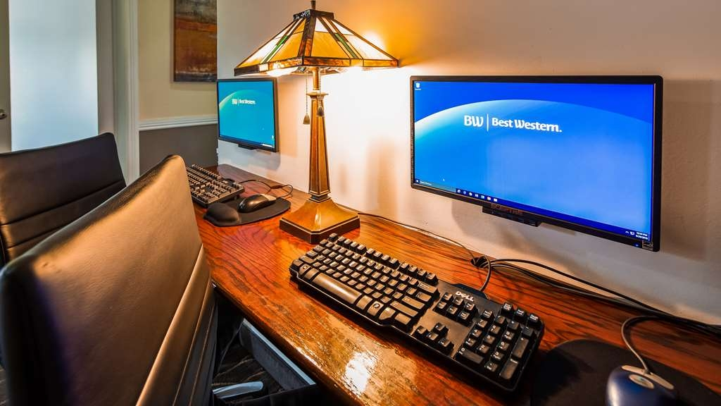 Best Western Mountain View Inn - Our business center is available to help you prepare travel itineraries, send emails or browse the web.
