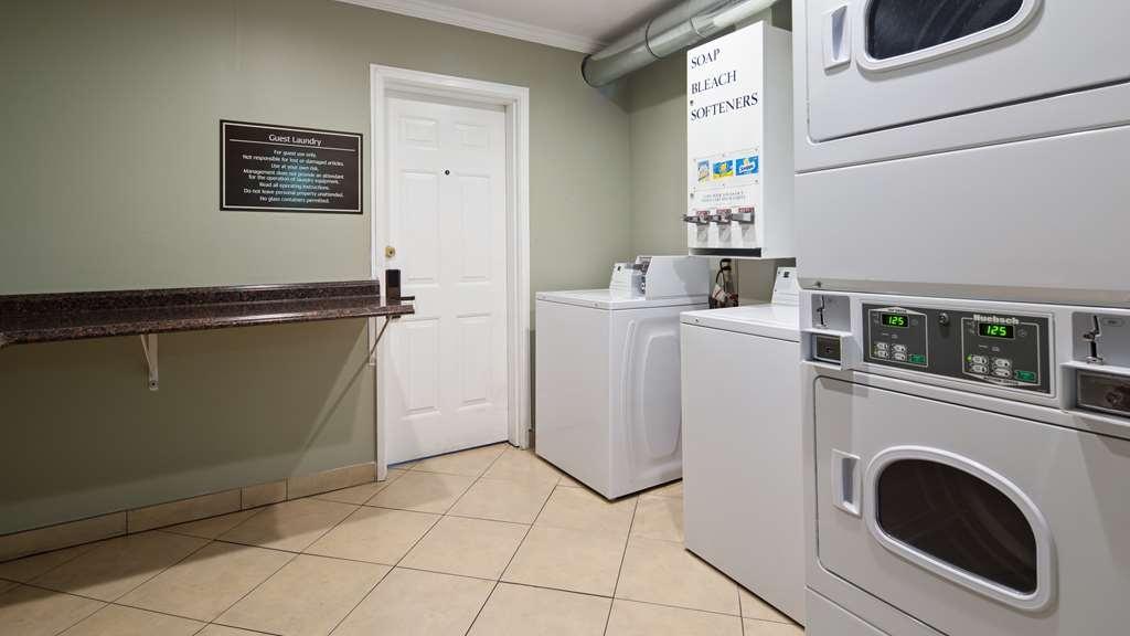Best Western Mountain View Inn - Laundry