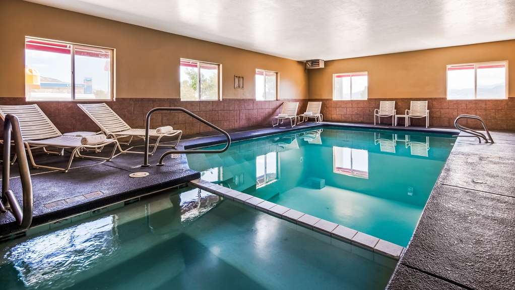 Best Western Richfield Inn - Piscina