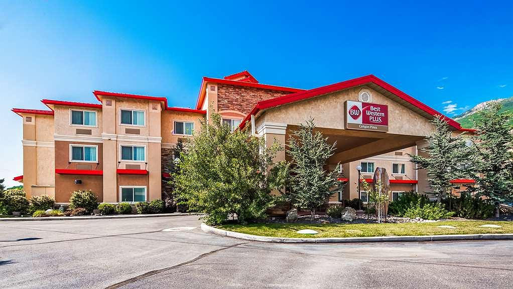 Best Western Plus Canyon Pines - Aussenansicht