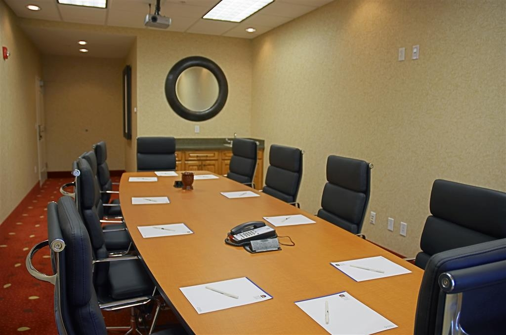 Best Western Plus Canyon Pines - Our boardroom is perfect for small business meetings.