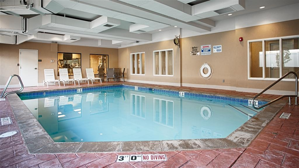 Best Western Plus Canyon Pines - Piscina
