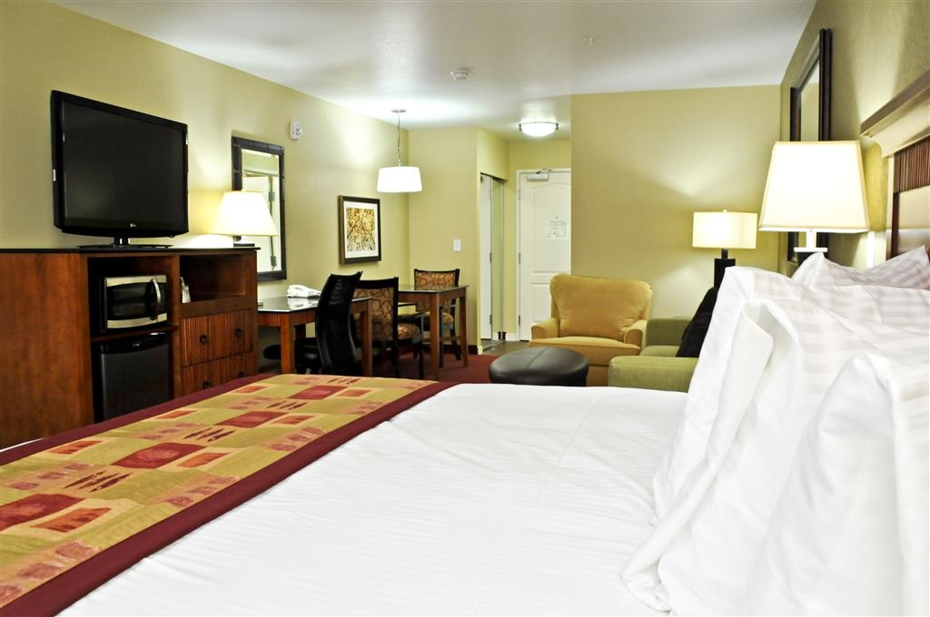 Best Western Plus Layton Park Hotel - Our king guest room will have you feeling like royalty!
