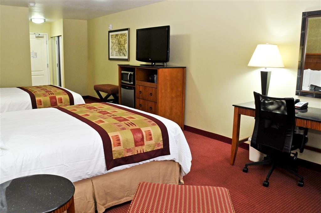 Best Western Plus Layton Park Hotel - Chambre double avec lits queen size