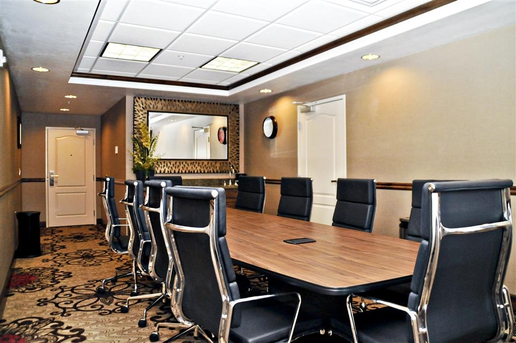 Best Western Plus Layton Park Hotel - Our boardroom is convenient for small business meetings. It can seat up to 12 people.