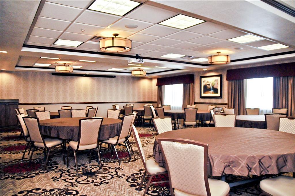 Best Western Plus Layton Park Hotel - Banquet Room
