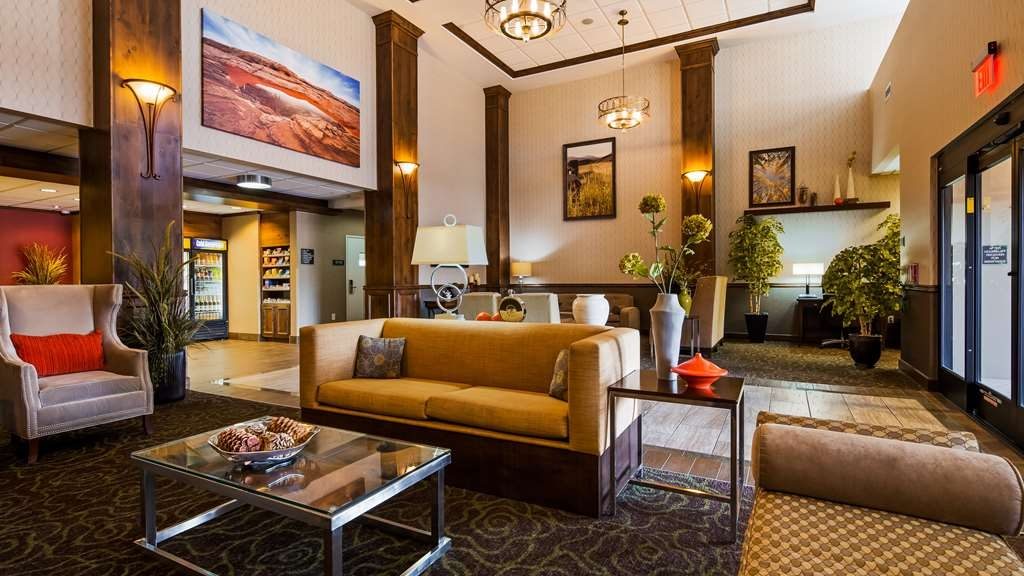 Best Western Plus Layton Park Hotel - Our beautiful lobby is a great place to meet up with friends and family.