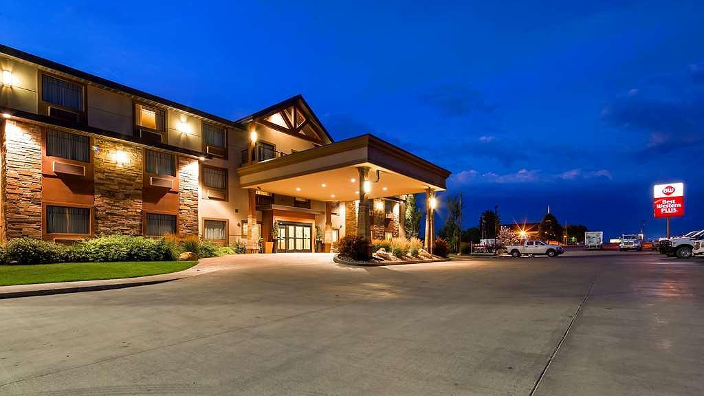 Best Western Plus Landmark Hotel - Vista exterior
