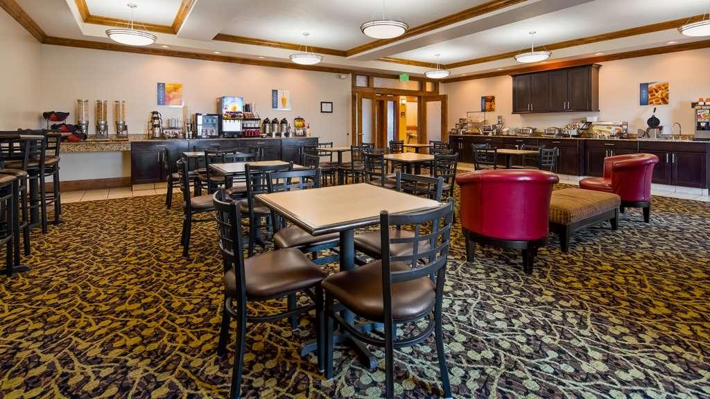 Best Western Plus Landmark Hotel - Restaurant / Gastronomie