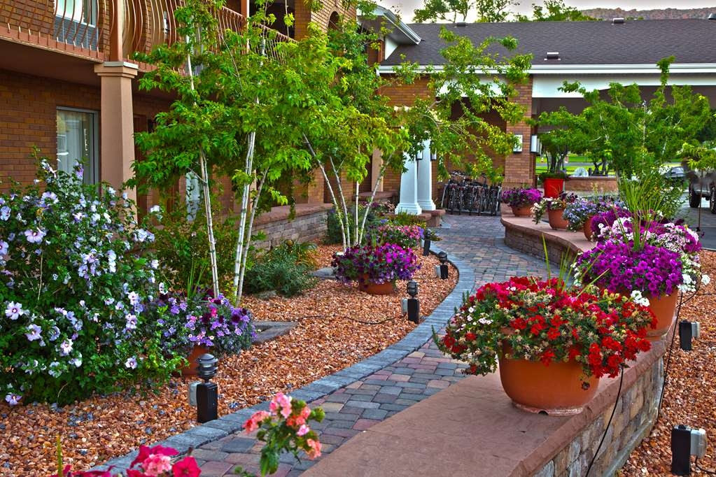 Best Western Plus Cedar City - We desire each of our guests to have an enjoyable and individual experience.