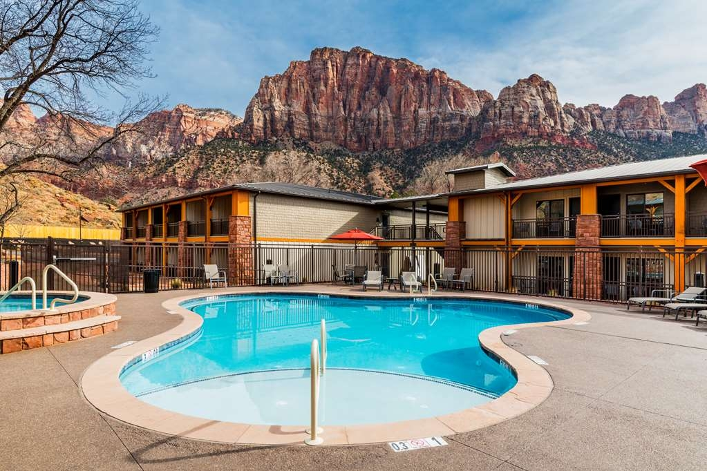 Best Western Plus Zion Canyon Inn & Suites - Outdoor Heated Pool