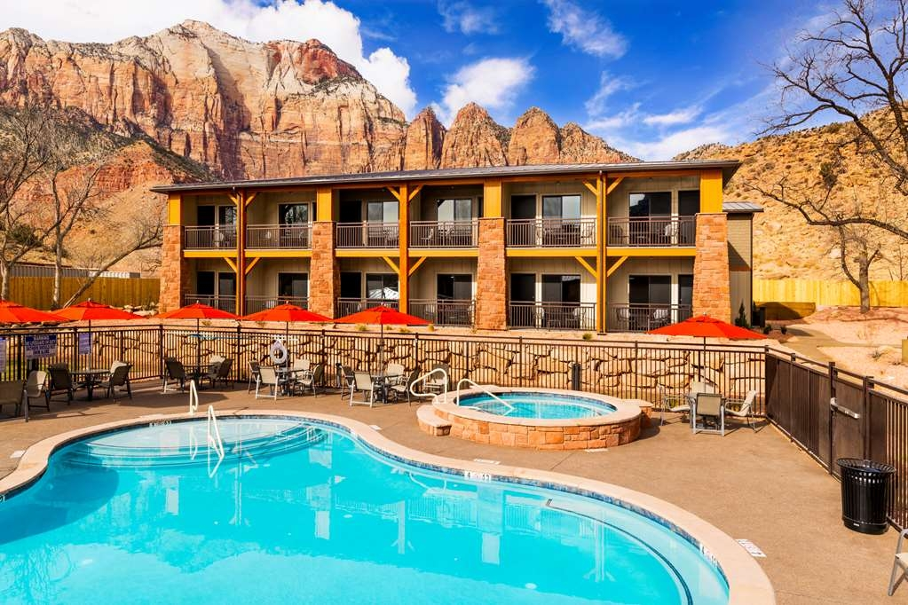 Best Western Plus Zion Canyon Inn & Suites - Outdoor Heated Pool & Hot Tub