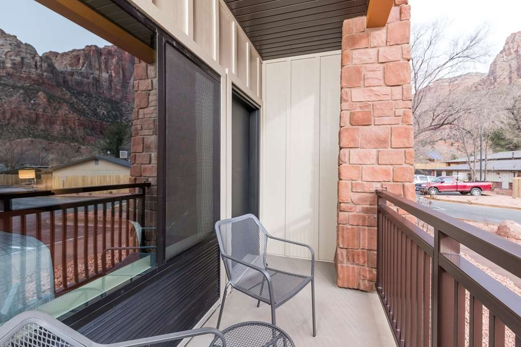 Best Western Plus Zion Canyon Inn & Suites - Balcony or patio view