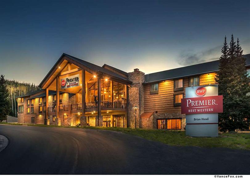 Best Western Premier Brian Head Hotel & Spa - Hotel Exterior Twilight