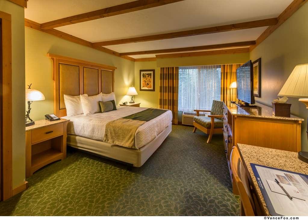 Best Western Premier Brian Head Hotel & Spa - King ADA Room