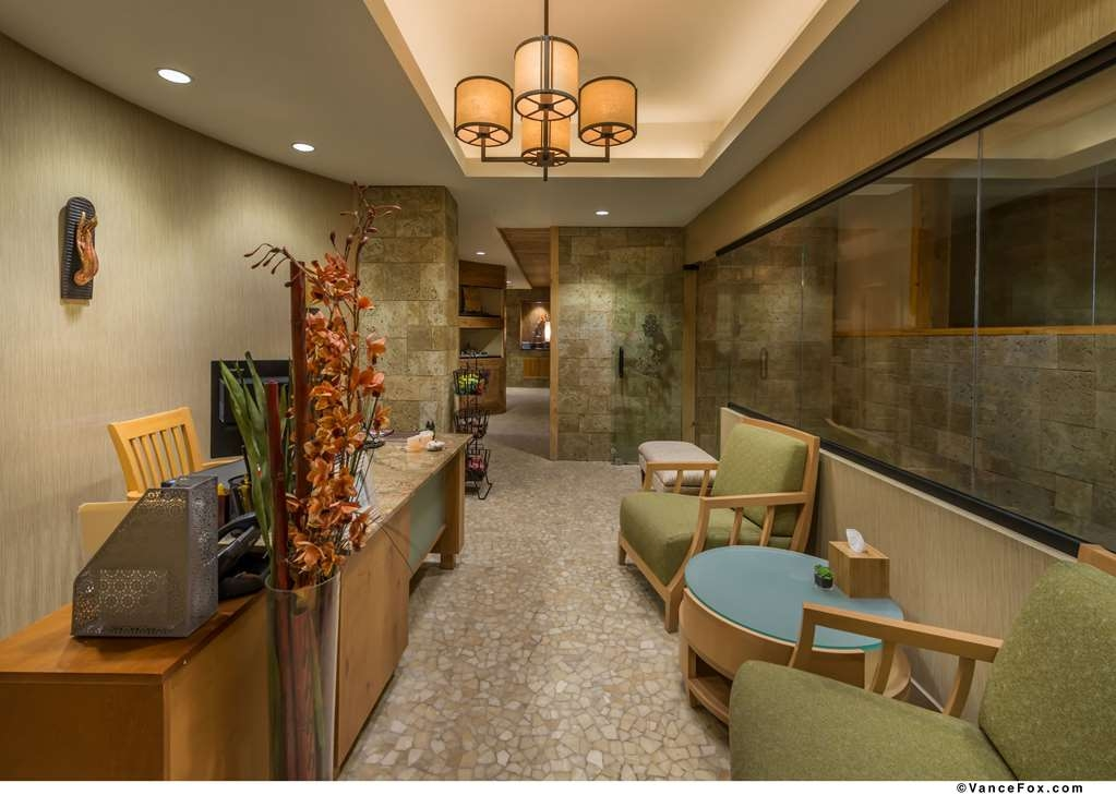 Best Western Premier Brian Head Hotel & Spa - Spa Reception Area