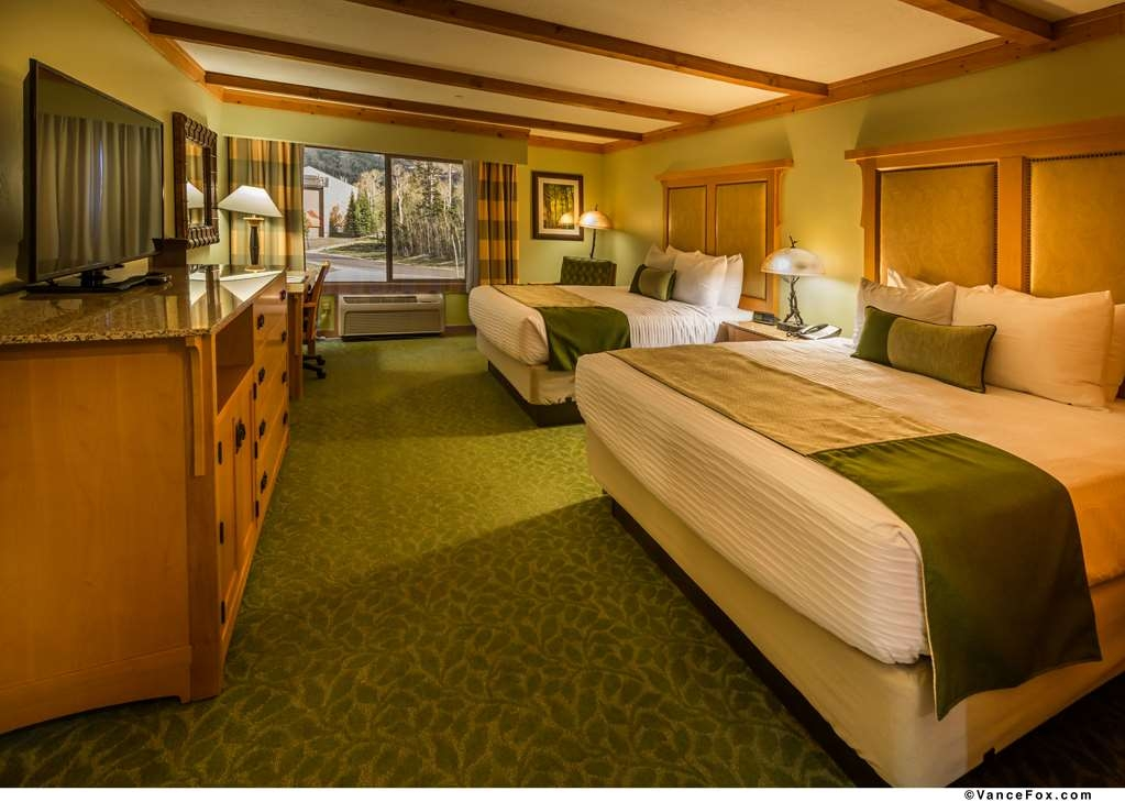 Best Western Premier Brian Head Hotel & Spa - Double Queen Guest Room