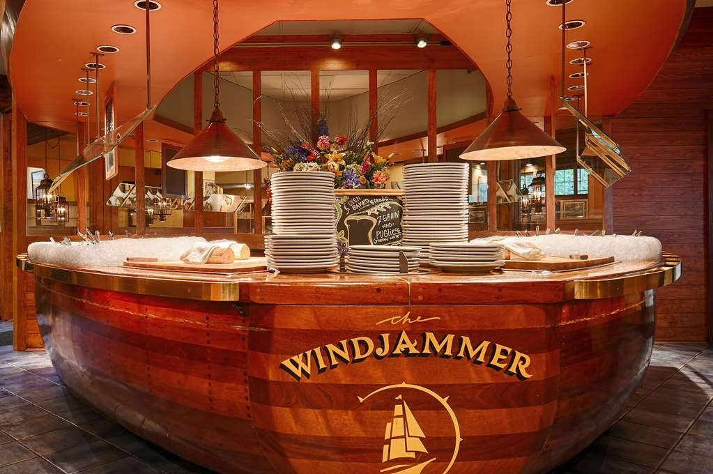 Best Western Plus Windjammer Inn & Conference Center - Restaurant / Etablissement gastronomique
