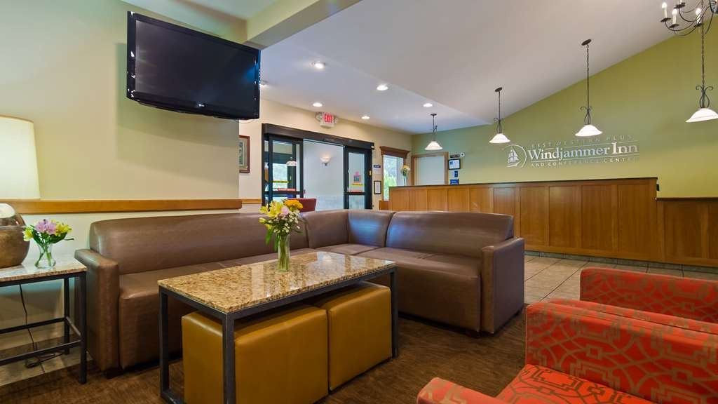 Best Western Plus Windjammer Inn & Conference Center - Vue du lobby