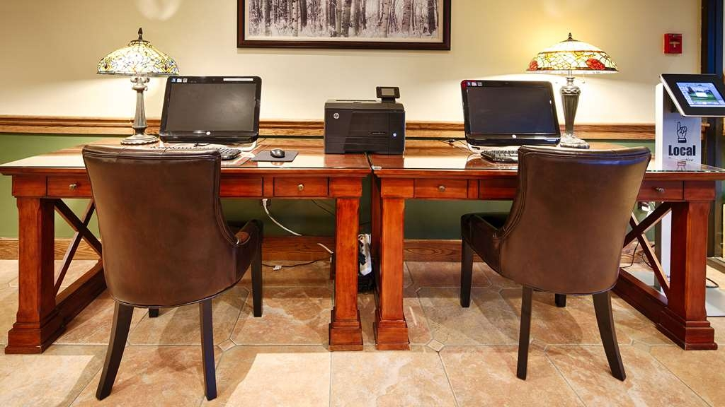 Best Western Plus Waterbury - Stowe - Free high-speed Internet and printer capabilities are available for you in our business center.