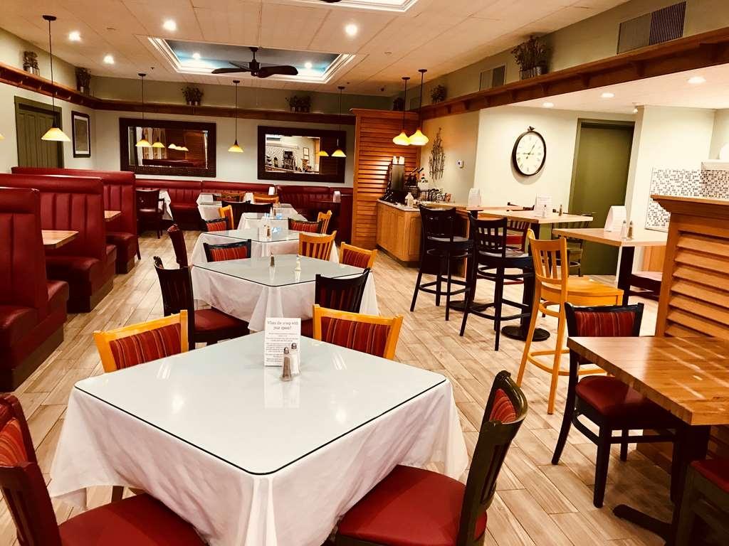 Best Western Plus Waterbury - Stowe - Ristorante / Strutture gastronomiche