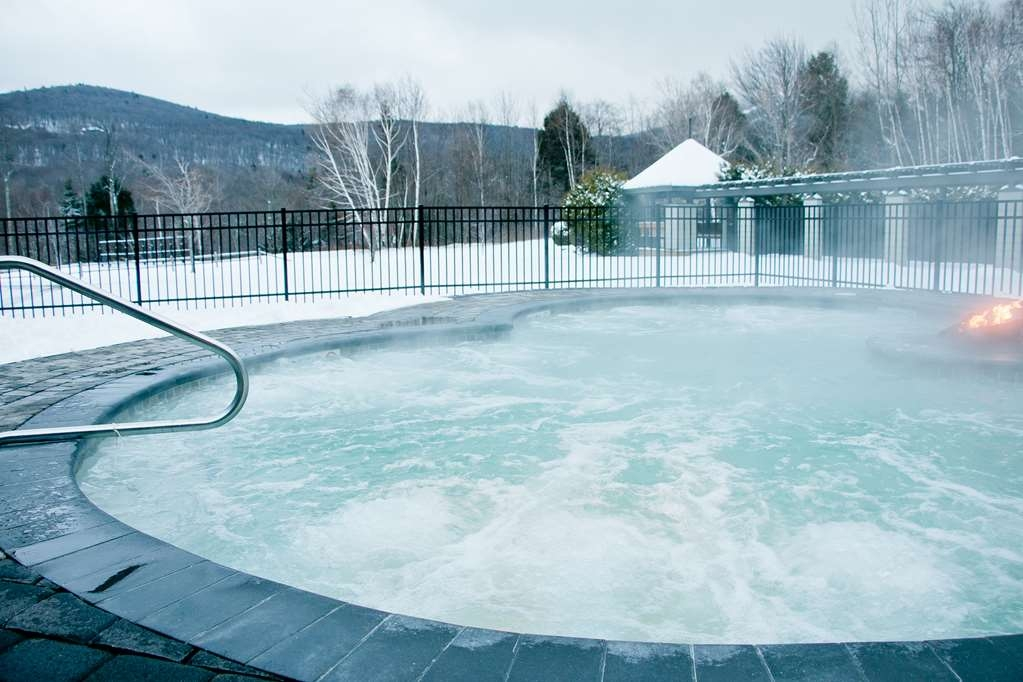 Killington Mountain Lodge, BW Signature Collection - 20-Person Hot Tub