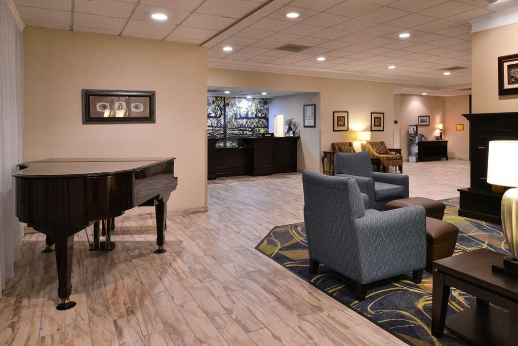 Best Western Leesburg Hotel & Conference Center - Lobbyansicht