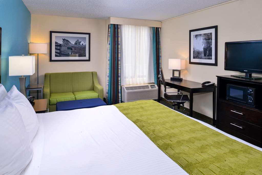 Best Western Leesburg Hotel & Conference Center - We've added the extra touches to ensure that your stay is the best it can be.