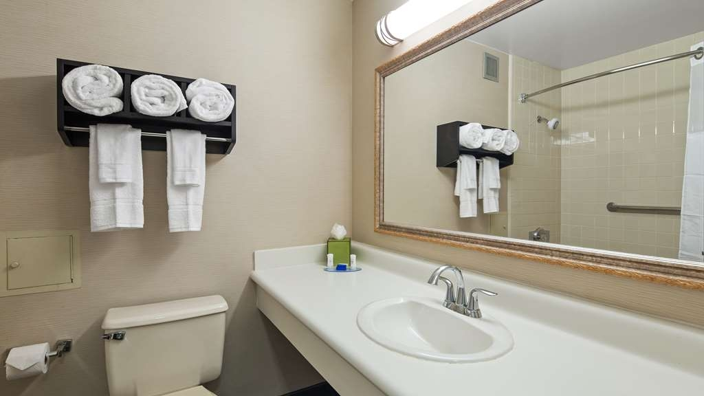 Best Western Leesburg Hotel & Conference Center - We take pride in making everything spotless for your arrival.