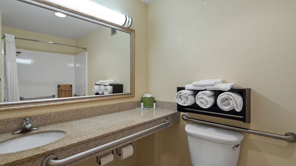 Best Western Leesburg Hotel & Conference Center - All guest bathrooms in our King and double Queen rooms have a large vanity with plenty of room to unpack the necessities.