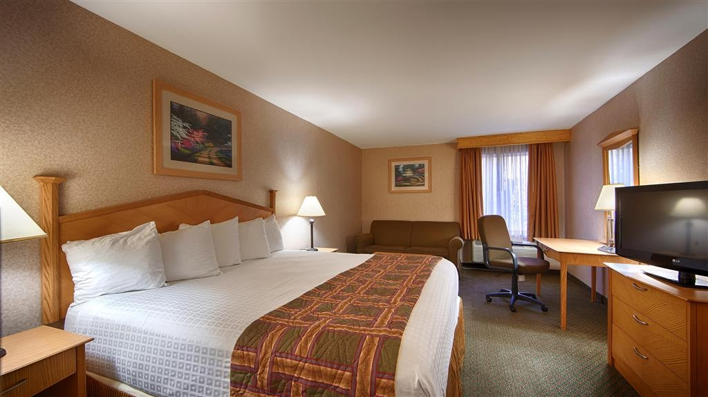 Best Western Manassas - King Room with Sofabed